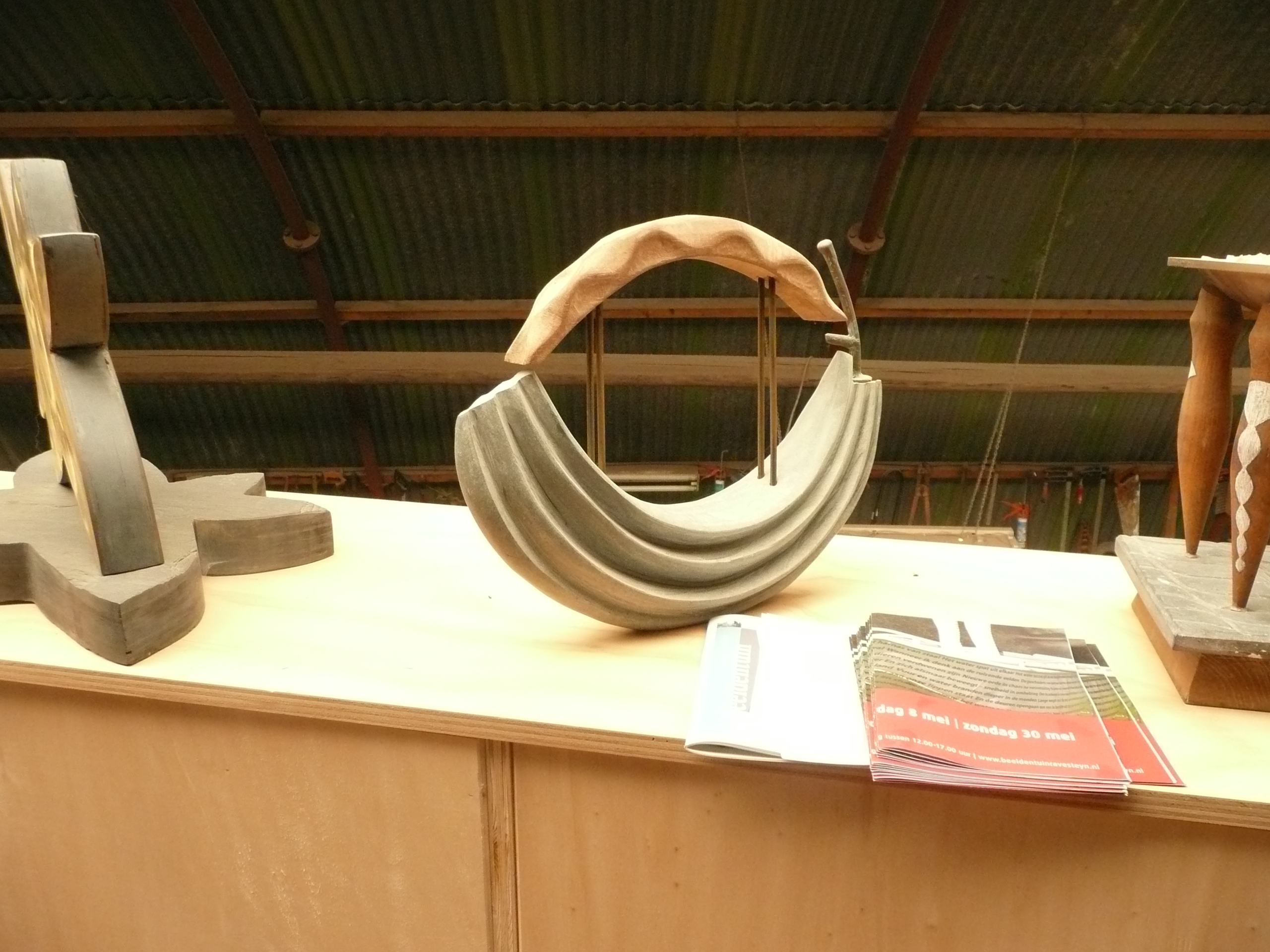 """""""Gondel"""", dolomiet, merbau, bronslood, h33cm"""