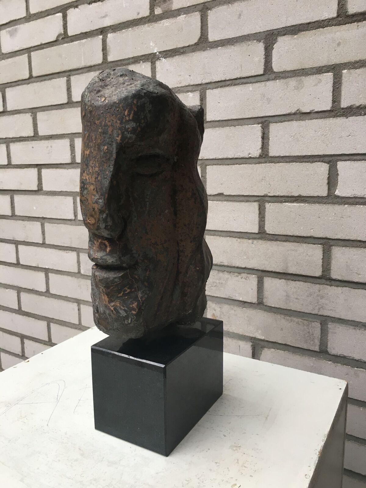 Thomas Junghans KLEINES FERNWEH (43) brons unicum h 30cm_preview