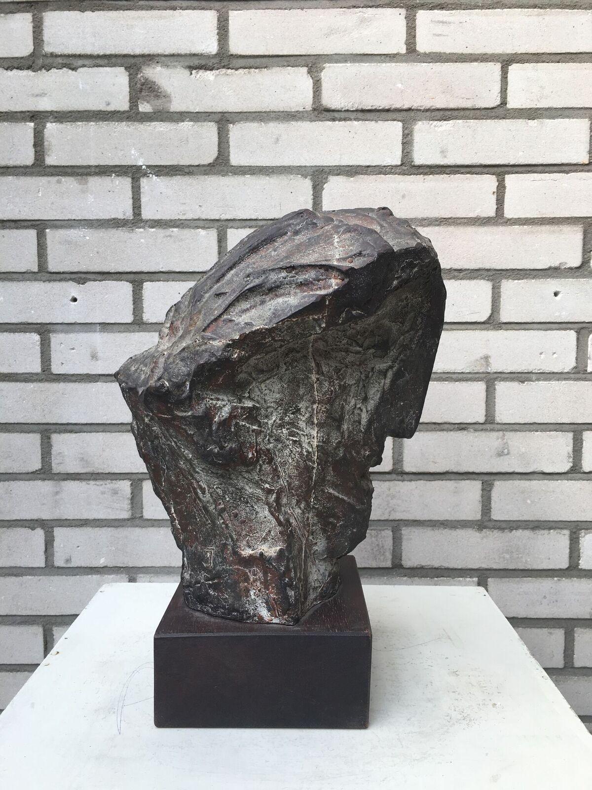 Thomas Junghans PORTRET VAN EEN ONBEKENDE (44) brons unicum h ca 35cm_preview